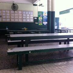 Photo taken at โรงเรียนสอนคนตาบอดพระมหาไถ่พัทยา (Pattaya Redemptorist School for The Blind) by Kasinchon K. on 5/17/2014