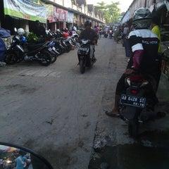 Photo taken at Pasar Bantul by ernawan n. on 10/5/2013