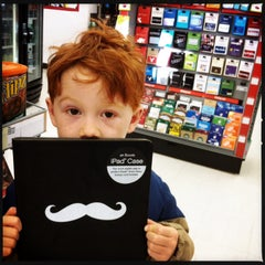 Photo taken at Staples by Yeadon S. on 12/24/2013