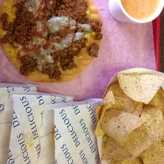 Photo taken at Taco Villa by Cindy C. on 8/16/2014