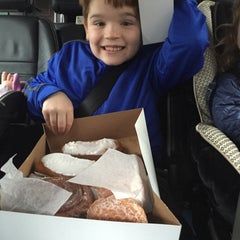 Photo taken at St. Louis Hills Donut Shop by Tom N. on 2/1/2015