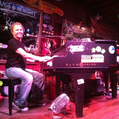 Photo taken at Savannah Smiles Dueling Pianos by Melissa F. on 3/23/2013