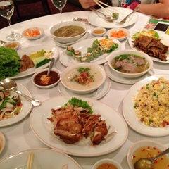 Photo taken at Saigon (ห้องอาหารไซ่ง่อน) by Nariz K. on 8/16/2013