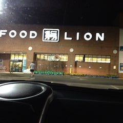 Photo taken at Food Lion Grocery Store by Paulette T. on 4/1/2014