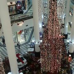 Photo taken at Shopping Aldeota by Fabián I. on 11/28/2012