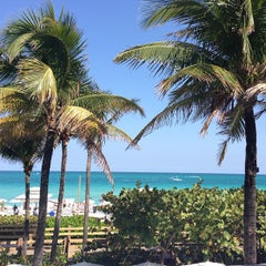 Photo taken at Fontainebleau Miami Beach by Tamar F. on 3/20/2013
