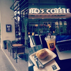 Photo taken at Bo's Coffee by Ritch C. on 1/11/2013