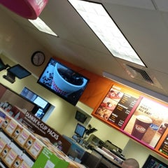 Photo taken at Dunkin Donuts by Kim S. on 5/17/2013