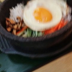 Photo taken at The Palace Korean Restaurant by Jasper T. on 4/3/2014