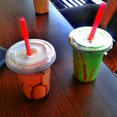 Photo taken at Es Bang Joe - The Real Milkshake by Md Deni S. on 8/25/2013