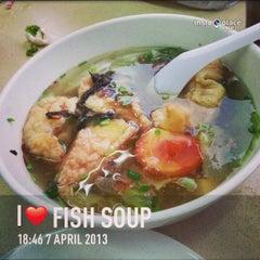 Photo taken at Mr Teh Tarik Eating House by Valentino S. on 4/7/2013