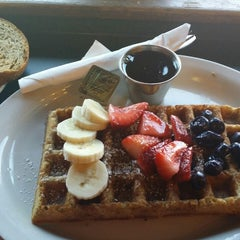 Photo taken at Macy's European Coffeehouse & Bakery by Angell S. on 9/24/2014