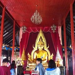 Photo taken at วัดหลวง (Wat Luang) by Sai H. on 12/27/2014