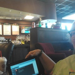 Photo taken at Saxbys Coffee by Alley H. on 9/20/2012