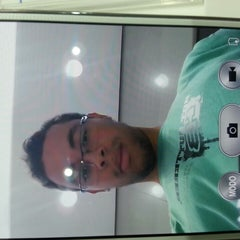Photo taken at Sony Store by Natan R. on 5/6/2014