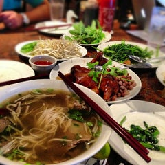 Photo taken at Pho Kim Long II by TaKa on 10/9/2012