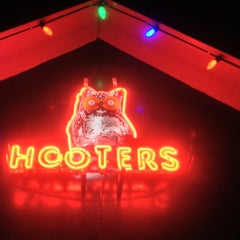 Photo taken at Hooters by Sergio S. on 9/29/2012