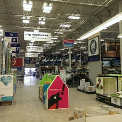Photo taken at Lowe's Home Improvement by Chris B. on 4/24/2014