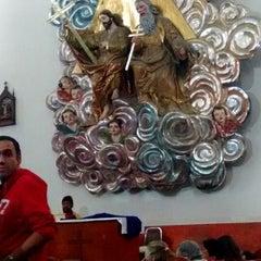 Photo taken at La Parroquia De San Gabriel Arcángel by Enrique H. on 4/2/2015