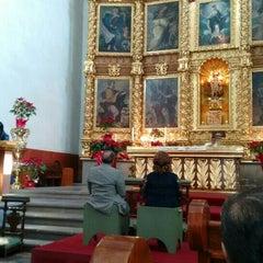 Photo taken at La Parroquia De San Gabriel Arcángel by Enrique H. on 1/9/2016