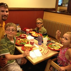Photo taken at Sweet Tomatoes by Jacque B. on 8/16/2013