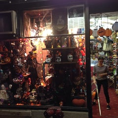 Photo taken at Myzel's by Julia H. on 10/18/2014