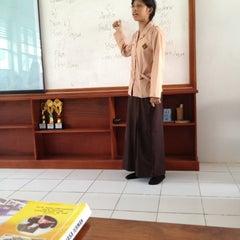 Photo taken at SMA Negeri 5 Makassar by Eka M. on 11/3/2012
