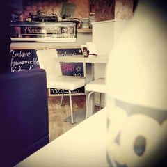 Photo taken at Berry Coffee & More by Thilo S. on 2/5/2013