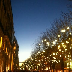 Photo taken at Avenue Montaigne by Laure L. on 12/2/2012