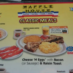 Photo taken at Waffle House by Samantha G. on 4/8/2014