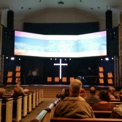 Photo taken at Church of the Open Door by Mario C. on 11/2/2014