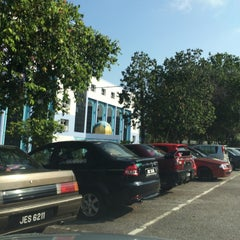Photo taken at Majlis Agama Islam Negeri Johor by AciD on 7/12/2015