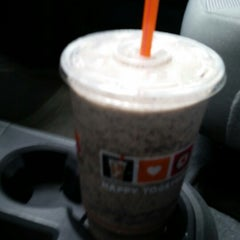 Photo taken at Dunkin' Donuts by Andy L. on 6/25/2014