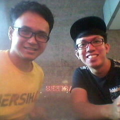 Photo taken at Kenny Rogers Roasters (KRR) by Calvin O. on 8/30/2015