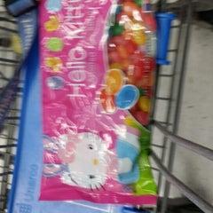 Photo taken at Walmart Supercenter by Hijinio M. on 4/21/2014