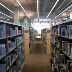 Photo taken at Kitchener Public Library - Central by Kian E. on 11/15/2014