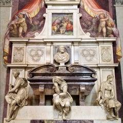 Photo taken at Basilica di Santa Croce by Lauren T. on 9/29/2012