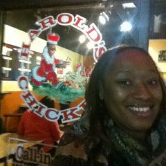 Photo taken at Harold's Chicken Shack by Denitria L. on 12/19/2012