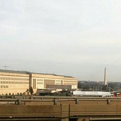 Foto tirada no(a) The Pentagon por Tim S. em 3/10/2016