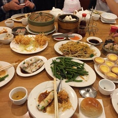 Photo taken at Winsor Dim Sum Cafe by David S. on 1/24/2015