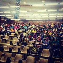 Photo taken at Fakulti Kejuruteraan dan Alam Bina UKM by Shawn T. on 11/19/2014