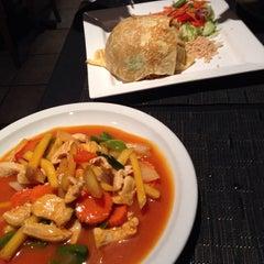Photo taken at Pi-Tom's Thai Cuisine by Rick T. on 11/6/2014