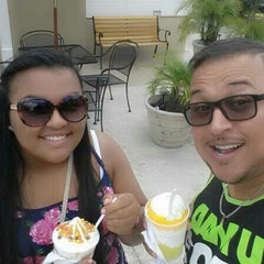 Photo taken at Sal's Italian Ice by Luis A. on 7/12/2014