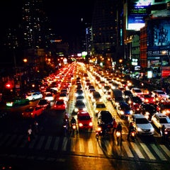 Photo taken at แยกอโศก (Asok Intersection) by TATUM S. on 8/29/2014