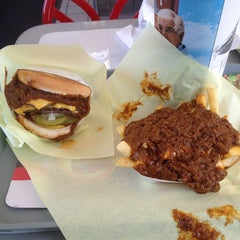 Photo taken at Original Tommy's Hamburgers by Anthony S. on 2/3/2013