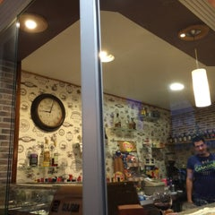 Photo taken at Bar Orsuvi by Lucí L. on 4/5/2015