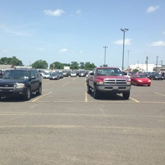 Photo taken at Greater Shreveport-bossier Auto Auction by Isaac A W. on 6/26/2013