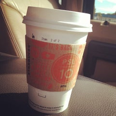 Photo taken at Starbucks by TheModernBlonde &. on 8/30/2013