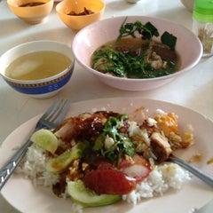 Photo taken at Noi Kae-Rai by Jarukit W. on 5/21/2013