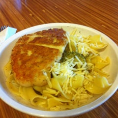 Photo taken at Noodles & Company by Melissa L. on 3/4/2013